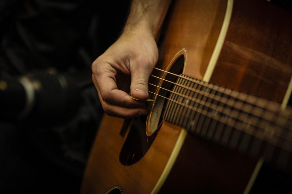 Giải pháp bảo quản đàn guitar của bạn